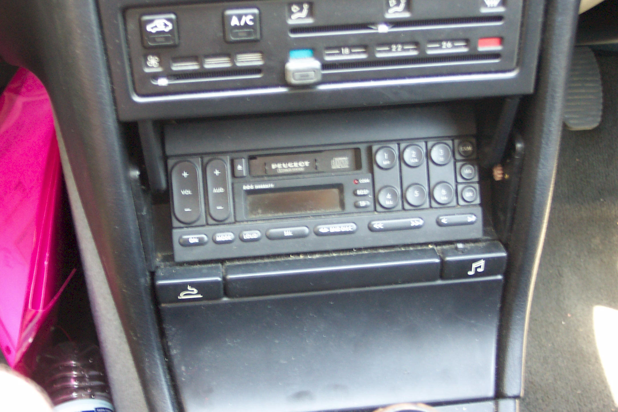 Car Stereo Removal And Installation For Peugeot 405 Car
